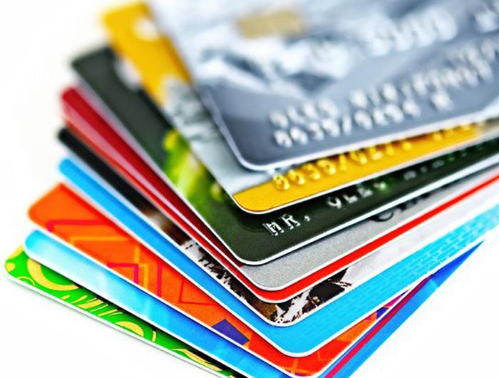 BC adia para agosto nova regra sobre recebíveis de cartões