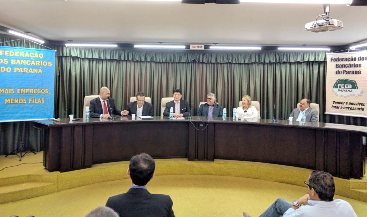 Bancários do Sul discutem campanha salarial e reivindicam aumento real de 5%, mais INPC