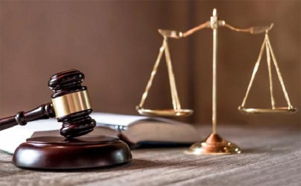 Trabalhador é condenado a pagar advogado da empresa após ganho parcial da ação