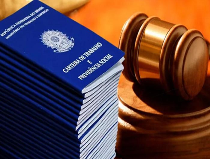 Nova lei trabalhista é questionada em 14 ações no STF