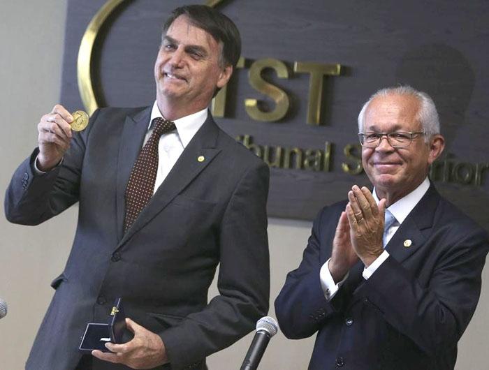 CNT defende fim da Justiça do Trabalho e pede a Bolsonaro extinção do TST