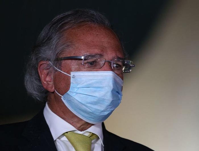 Guedes tenta esconder prejuízo de fundos de pensão, diz Procuradoria à Justiça