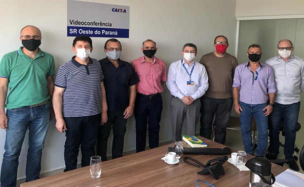 Federação e Sindicatos de Cascavel, Toledo e Foz Participam de reunião com superintendente da Caixa