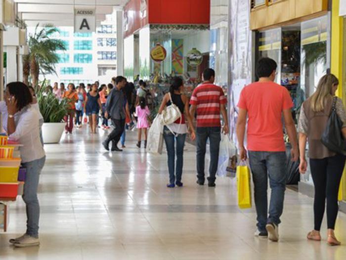 Bancos elevam taxas em mais de 70% em plena pandemia