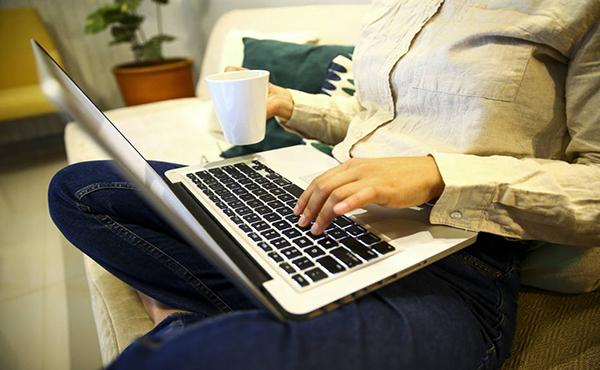 Economia  Ministério Público propõe limites ao home office; especialistas preveem desestímulo ao teletrabalho