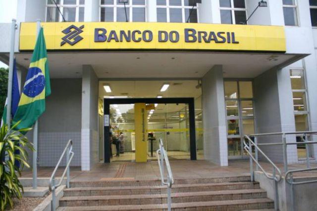 Novos servidores de estatais perderão plano de saúde: começará pelo BB